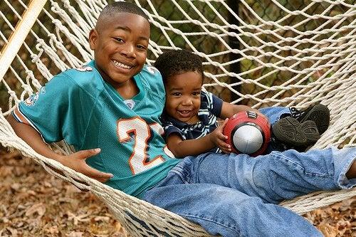 Enebarn: Er det nødvendig å gi dem søsken?