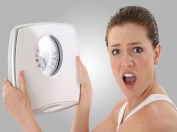 Amming kan føre til vektøkning eller vekttap