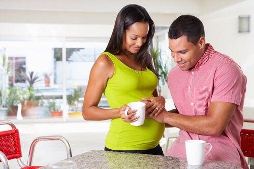 Er angst hos fedre normalt under graviditeten?