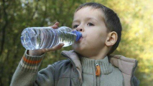 rett tid til å gi babyen din vann