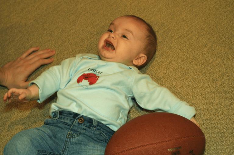 Når din baby faller for første gang