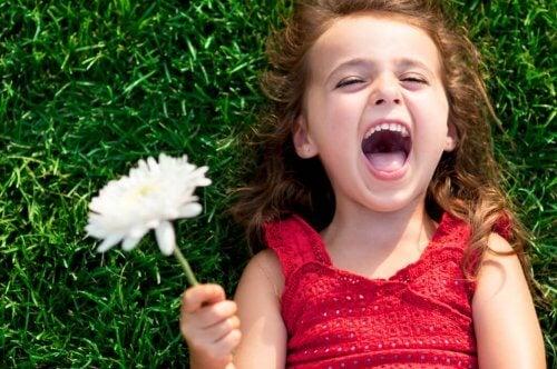 6 tips for å oppdra et lykkelig barn