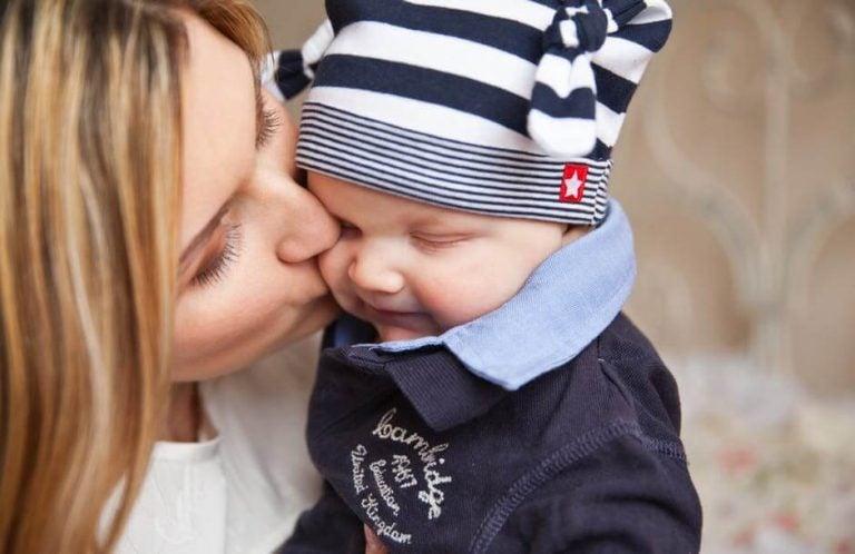Vær forsiktig med babyens klær