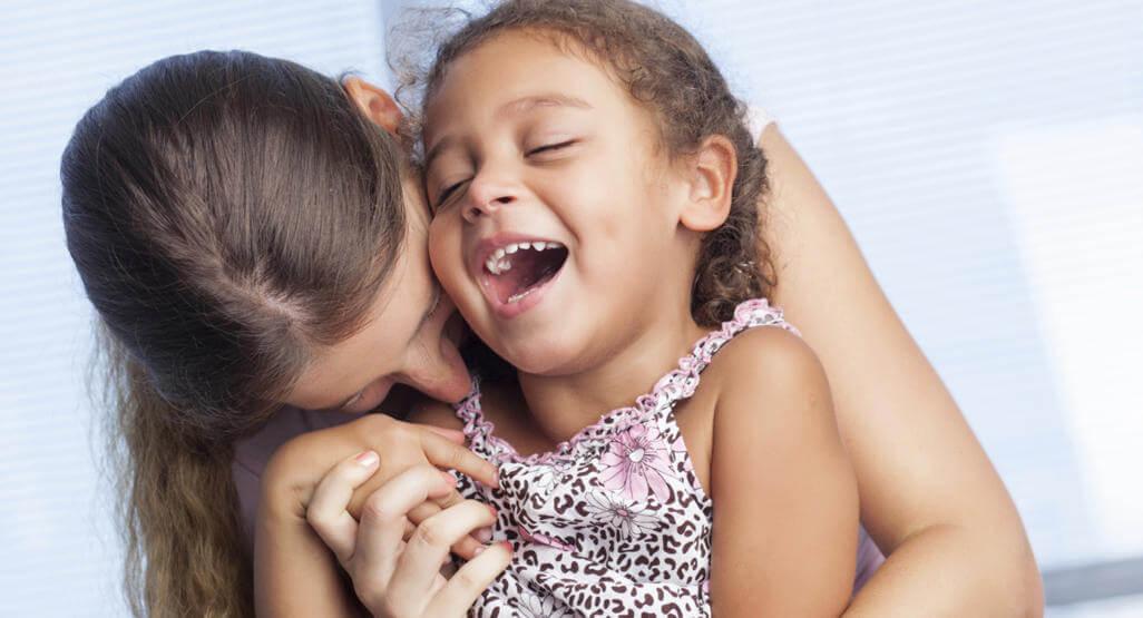 Tilknytning former barns personlighet