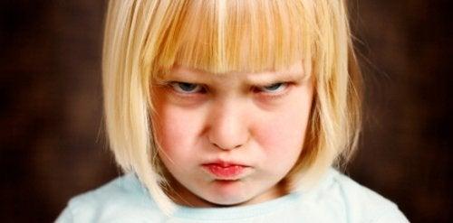 10 leker som hjelper barn å kontrollere raseri