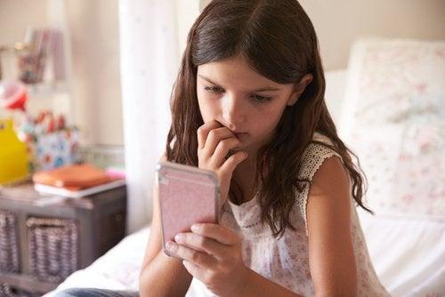 I feil hender, kan ethvert innhold som tar for seg barna våre bli et instrument for deres ydmykelse.
