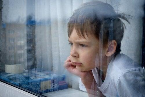 Hvordan håndtere et barns følelse av frustrasjon