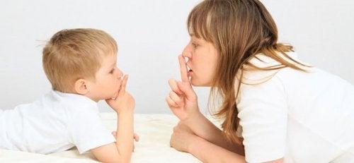 Enkel språkforsinkelse hos barn