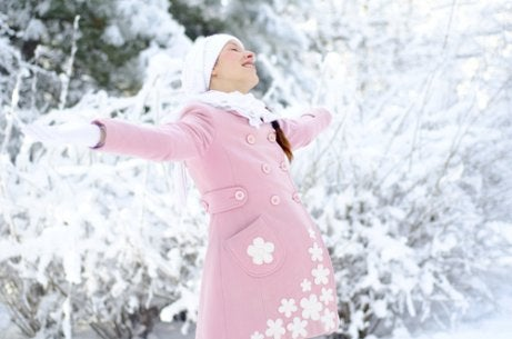 Fordeler og ulemper med å føde om vinteren