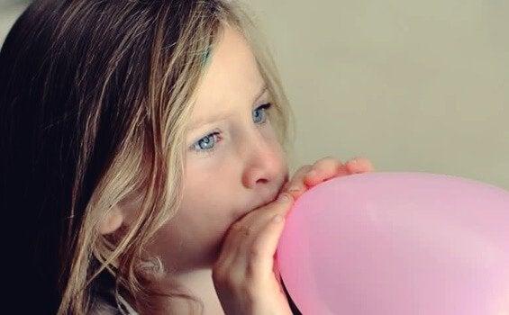 Ballongteknikken for å berolige nervøse barn