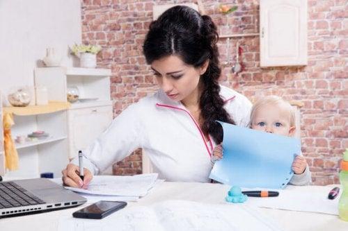 studerende mor