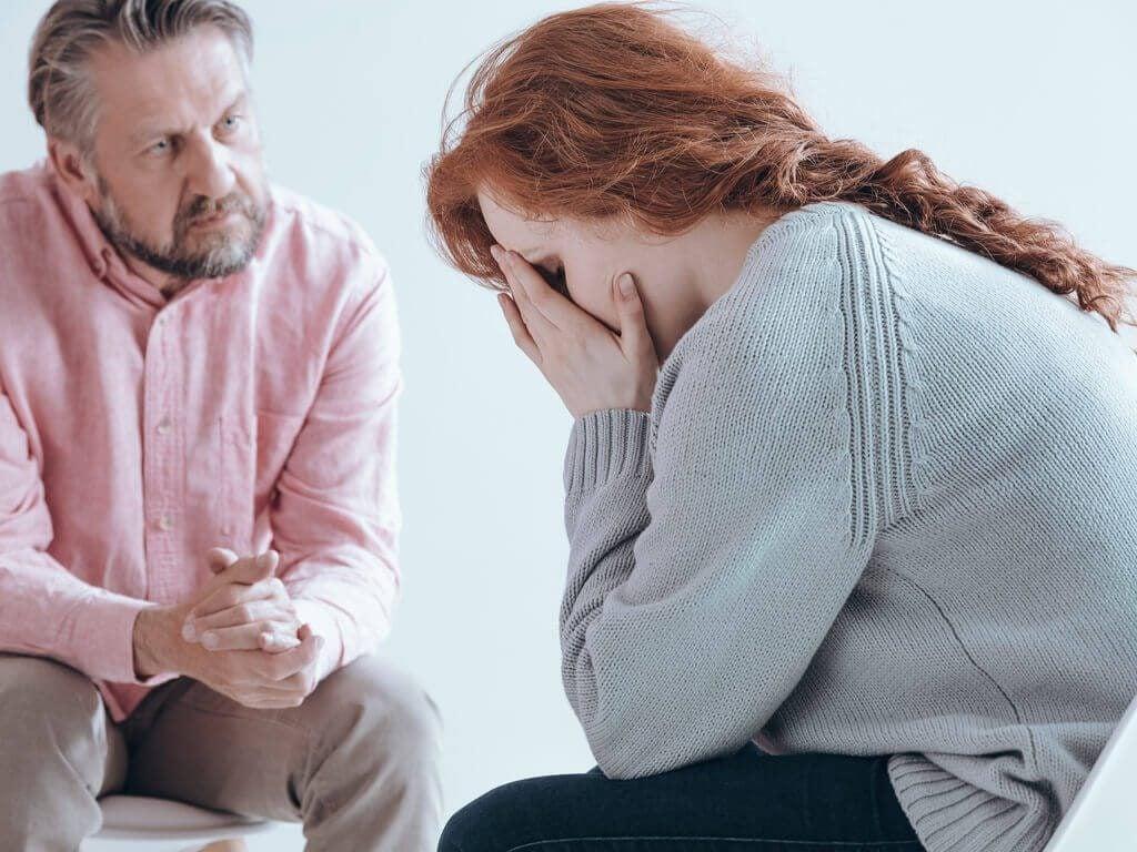 Årsaker, symptomer og behandling av fødselspsykose