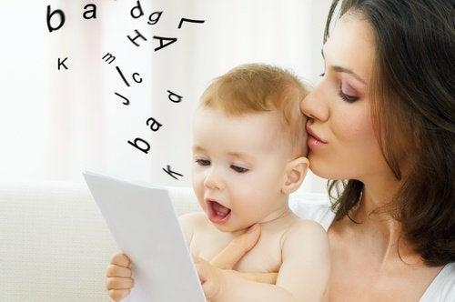 Hva gjør man når barnet ikke kan uttale R og S