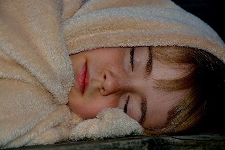 barn som legger seg sent