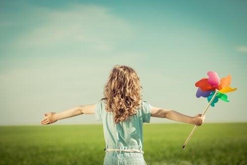 4 ting å lære fra lykkelige barn
