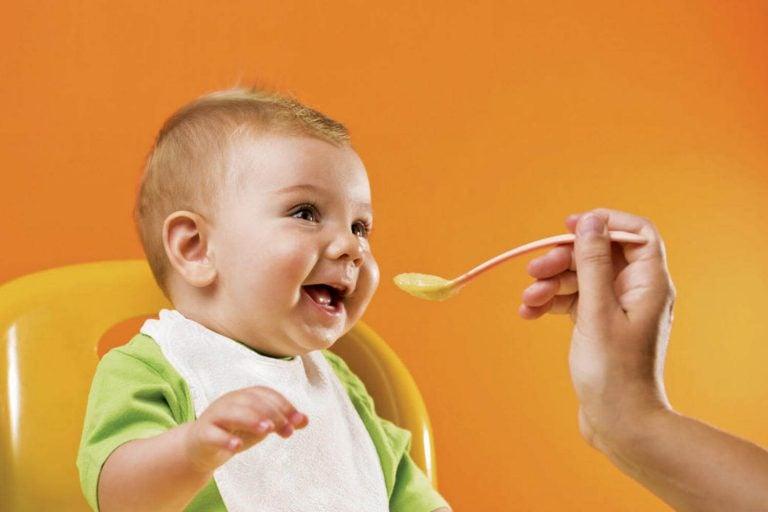 sørg for at barnet ditt har et godt forhold til mat