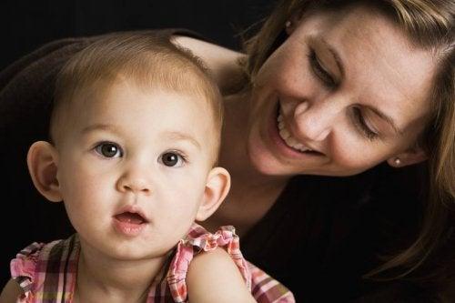 Når du snakker, vekker du barnets hjerne