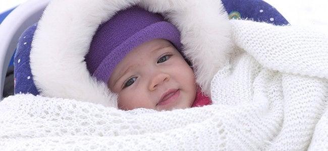 Holde barnet ditt varmt om vinteren