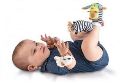 8 Leker for spedbarn