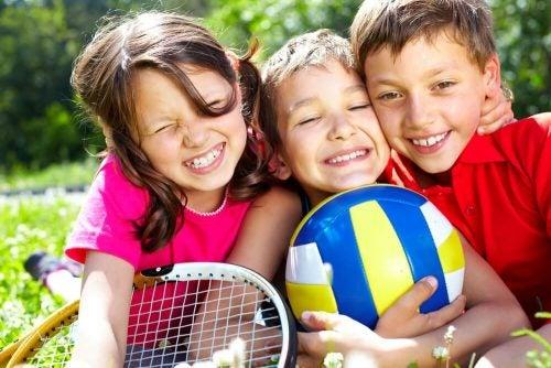 6 fysiske aktiviteter for barn i alderen fra 2 til 5 år