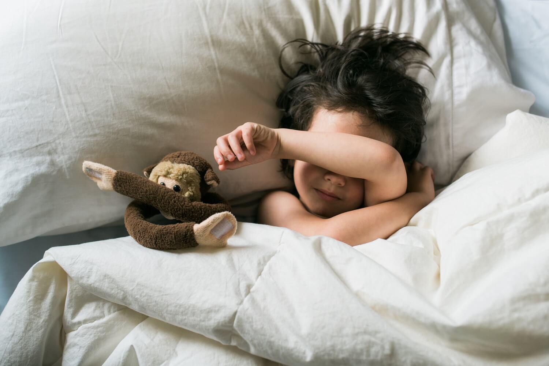 Hva er forskjellen mellom nattskrekk og mareritt?
