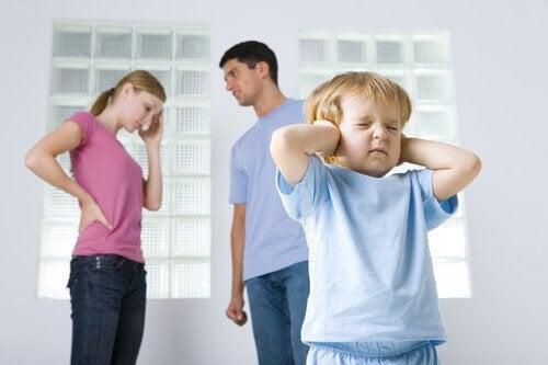 Hvordan barn overlever dysfunksjonelle familier
