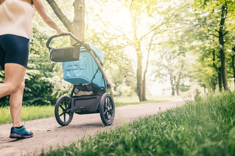 Når kan du begynne å gå ut med babyen din?