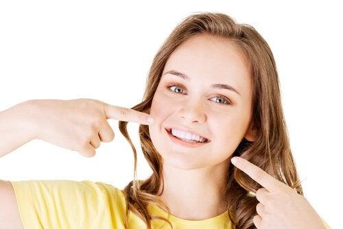 Unngå misfarging av tennene