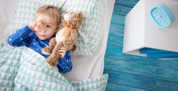 Hva kan man gjøre om barna ikke vil sove alene?