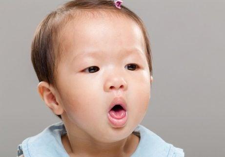 Reduserer risikoen for kvelning hos spedbarn