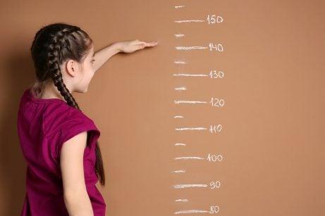 ved hvilken alder slutter jenter å vokse