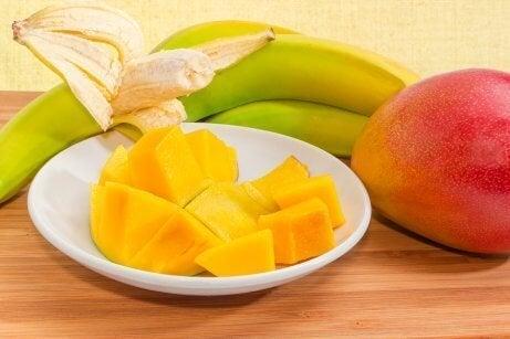 Bananer og mango er gode når man studerer