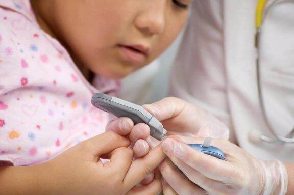 Barn testes for Hashimotos sykdom