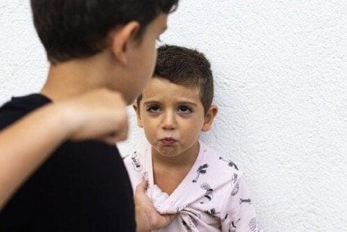 Aggresjon hos barn: hvordan bør du takle det?