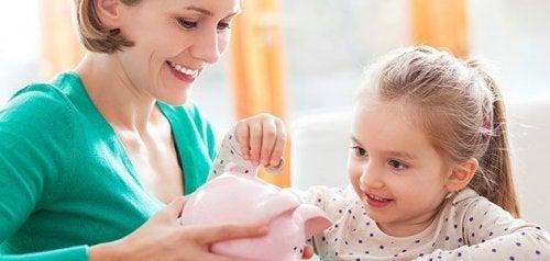 Lær barna dine å spare penger