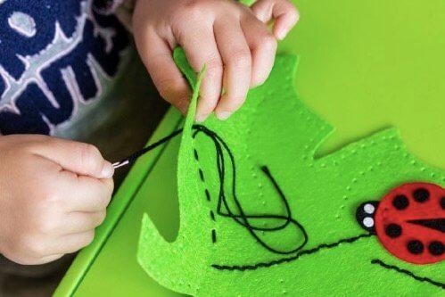 Fantastiske leker til barna som dere kan lage selv