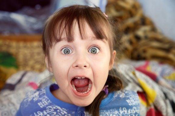 Irrasjonelle frykter hos barn: hva burde du vite?