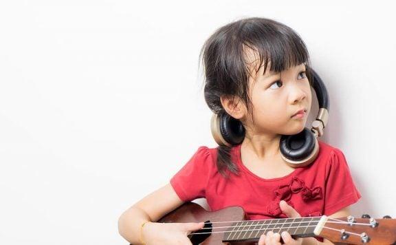 Den beste livsfasen for læring av musikalske evner er mellom et og åtte år.