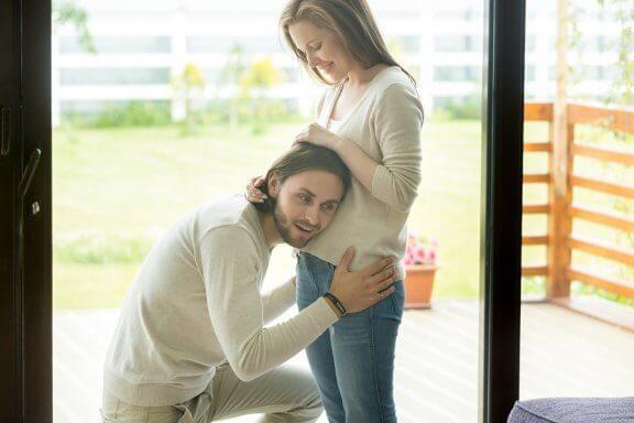 Er det viktig å snakke med babyen under svangerskapet?