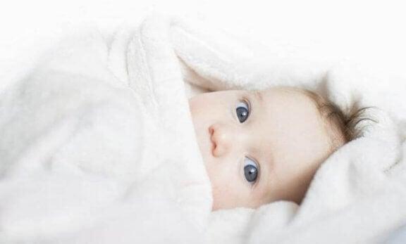Er babyen kald? Tips for nye foreldre