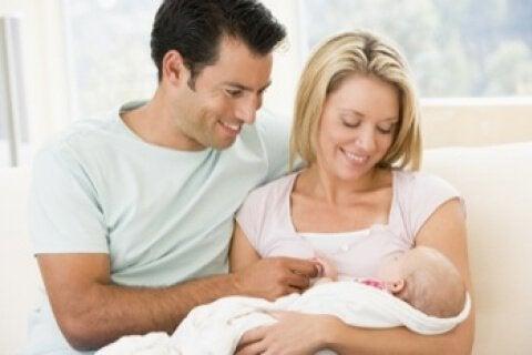 Førstegangsforeldre med et nytt barn