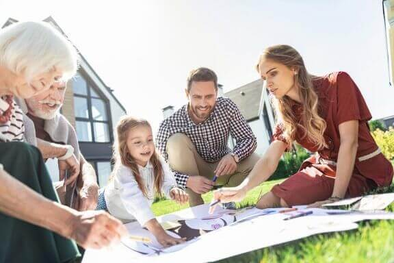 Hvordan lage et slektstre med barn