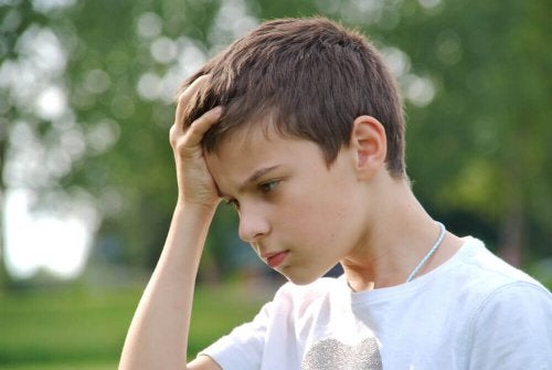 Hvordan reagere når barnet ditt gjør en feil