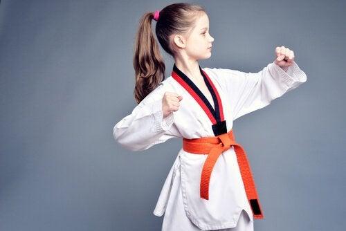 Hvordan lære barn å forsvare seg selv