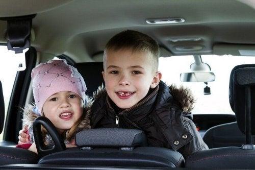 Ordleker for barn på reise: Underholdende og kreative