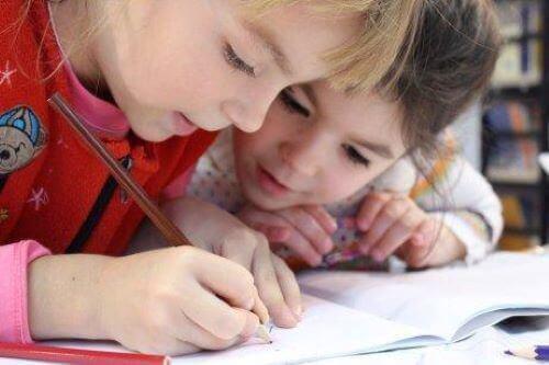 Forbedre barnets håndskrift.