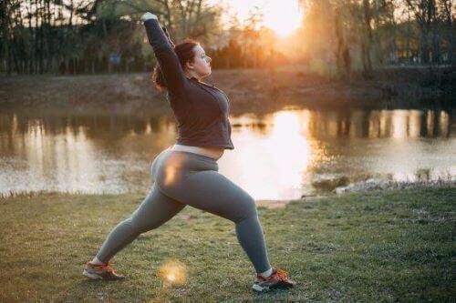 Yogastillinger som forbedrer fruktbarheten: 6 revitaliserende asanaer