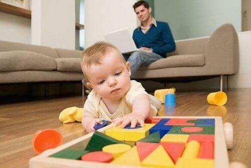 Babyens berøringssans blir utviklet helt fra fosterstadiet.