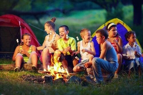 Dagleir i barnas sommerferie.