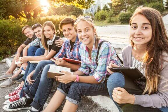 Hvorfor er ungdommer lettere å påvirke?